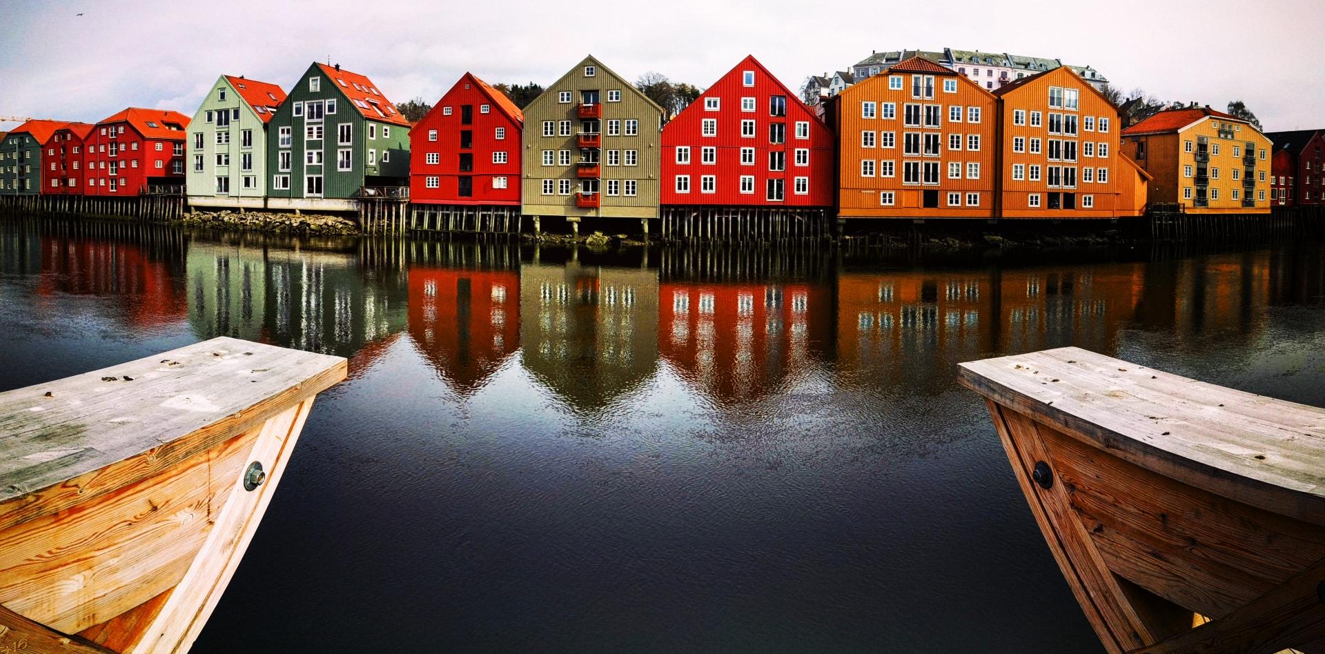 Private tour to Trondheim, Geiranger, Balestrand, Svolvaer in Norway