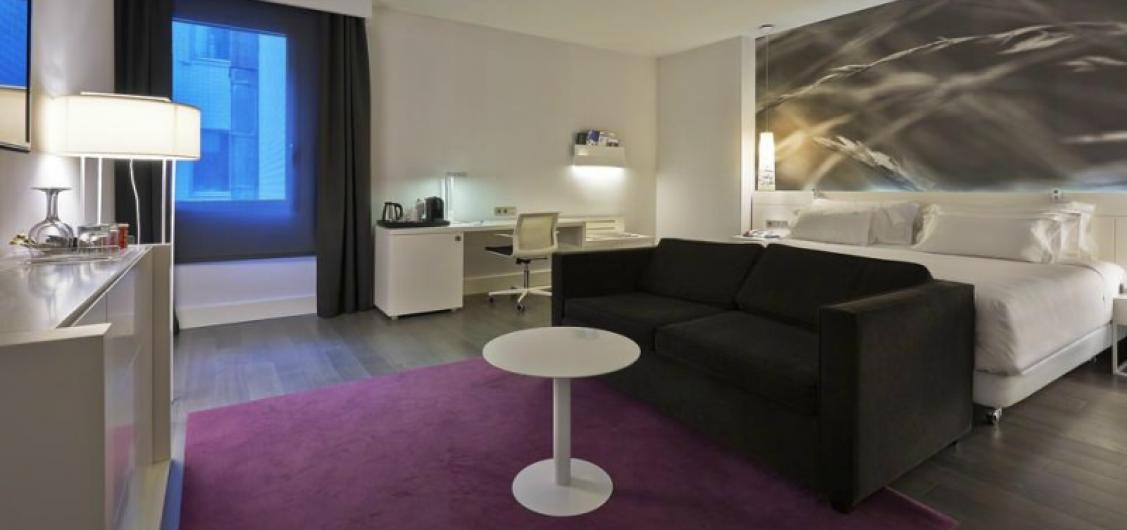 Hotel NH Collection Villa de Bilbao