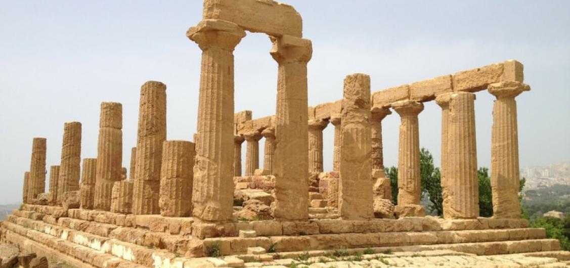 Half Day Tour to Valley of Temples and Turchi Cliffs