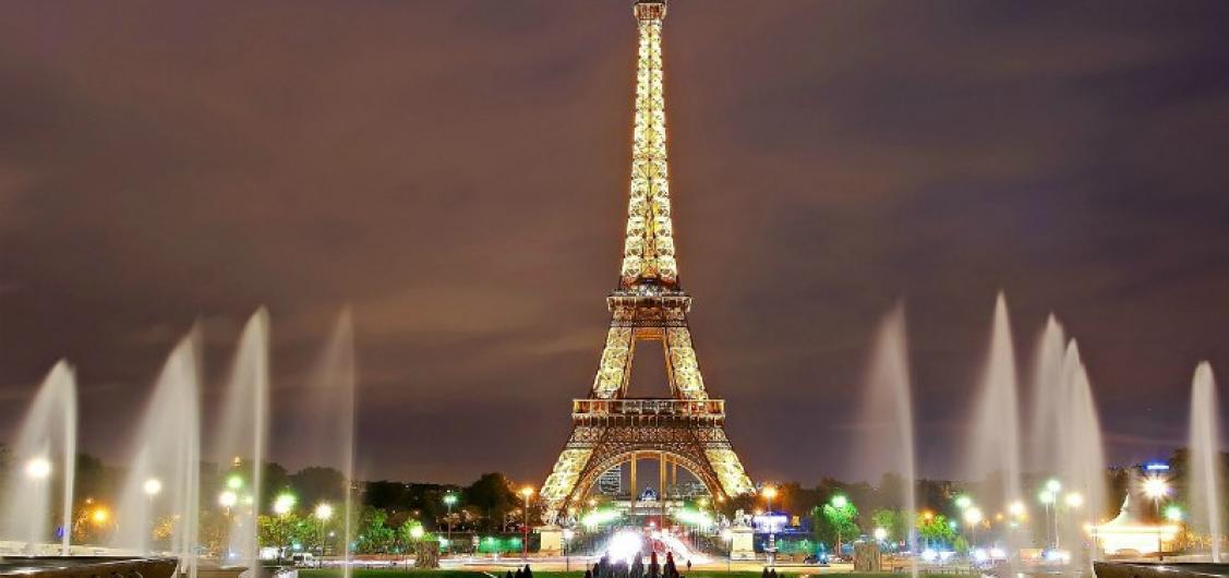 Full day Tour of Champs-Elysees and Eiffel Tower Districts