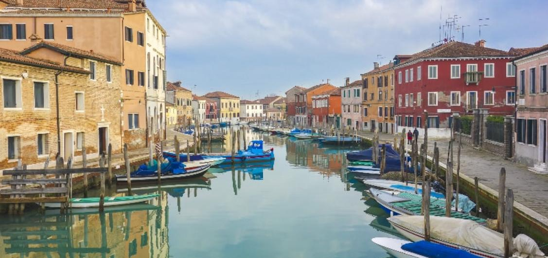Half Day Small Group Tour to Murano and Burano Islands