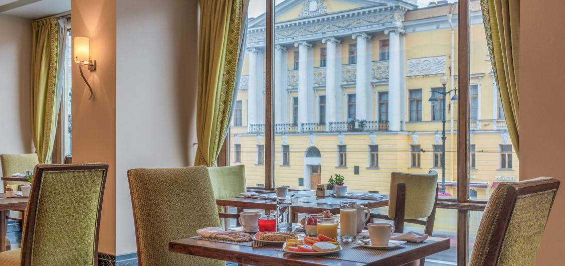 5-star Corinthia St. Petersburg