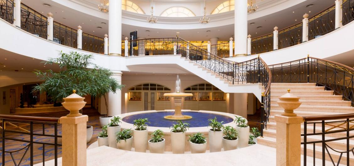 Marriott Moscow Grand Hotel