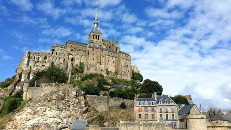 Day Trip to Mont Saint-Michel with Private Guide-driver