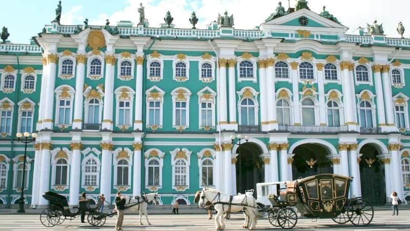 Half Day Private Walking Tour of the Hermitage and General Staff Building