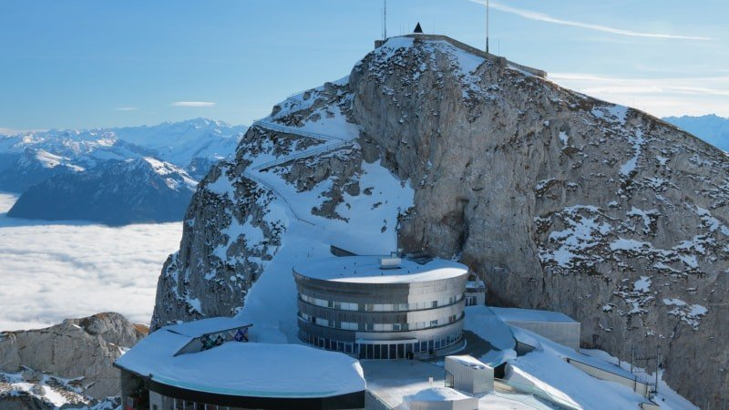 Group Day Trip to Mount Pilatus in Winter