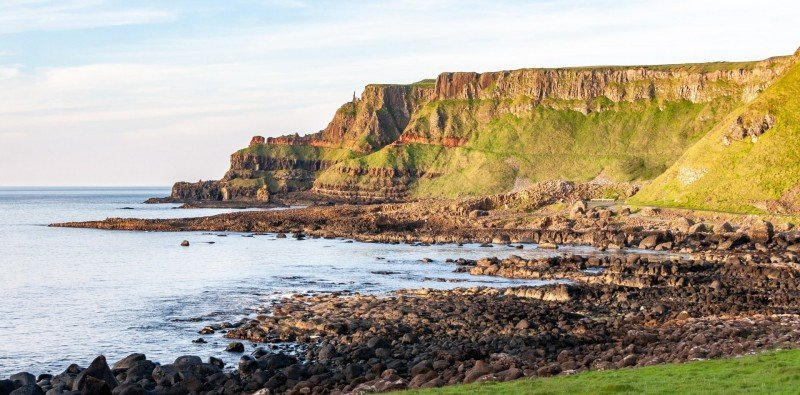 Full-day Group Tour to Giant's Causeway & Belfast