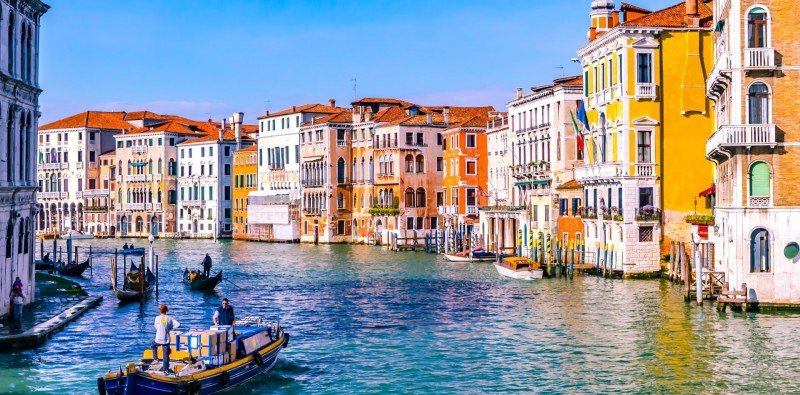 Day Trip to Venice by Train with Transfers in Verona