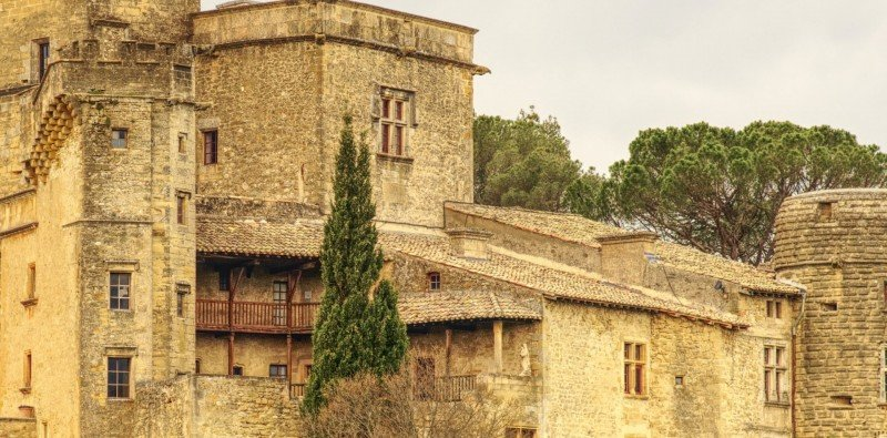 Full Day Group Tour to Provence