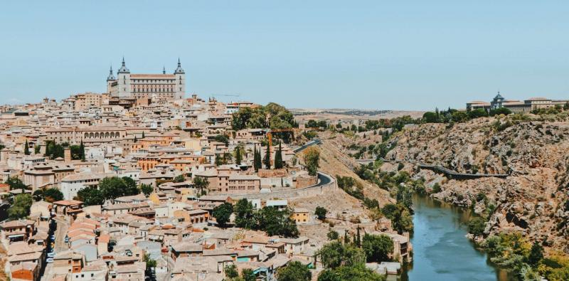 Day Tour to Toledo by Trains
