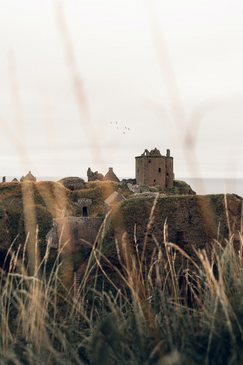 Full Day Private Tour of Dunottar and Crathes Casltes
