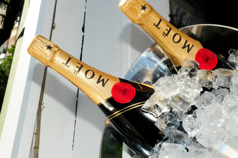 Full Day Tour to  Moët & Chandon